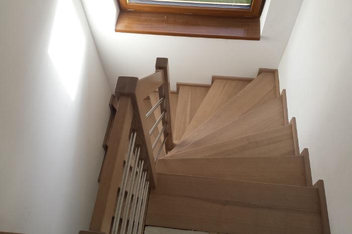 Dřevěné obklady schodišť