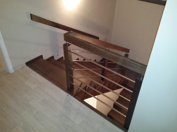 Dřevěný obklad schodiště na zakázku Olomouc Slavonín - 1