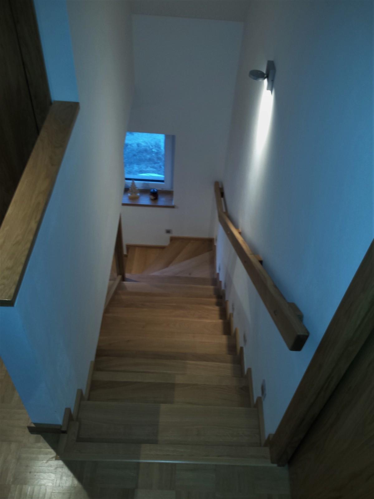 Dřevěný obklad schodiště na zakázku Ostrava - 5