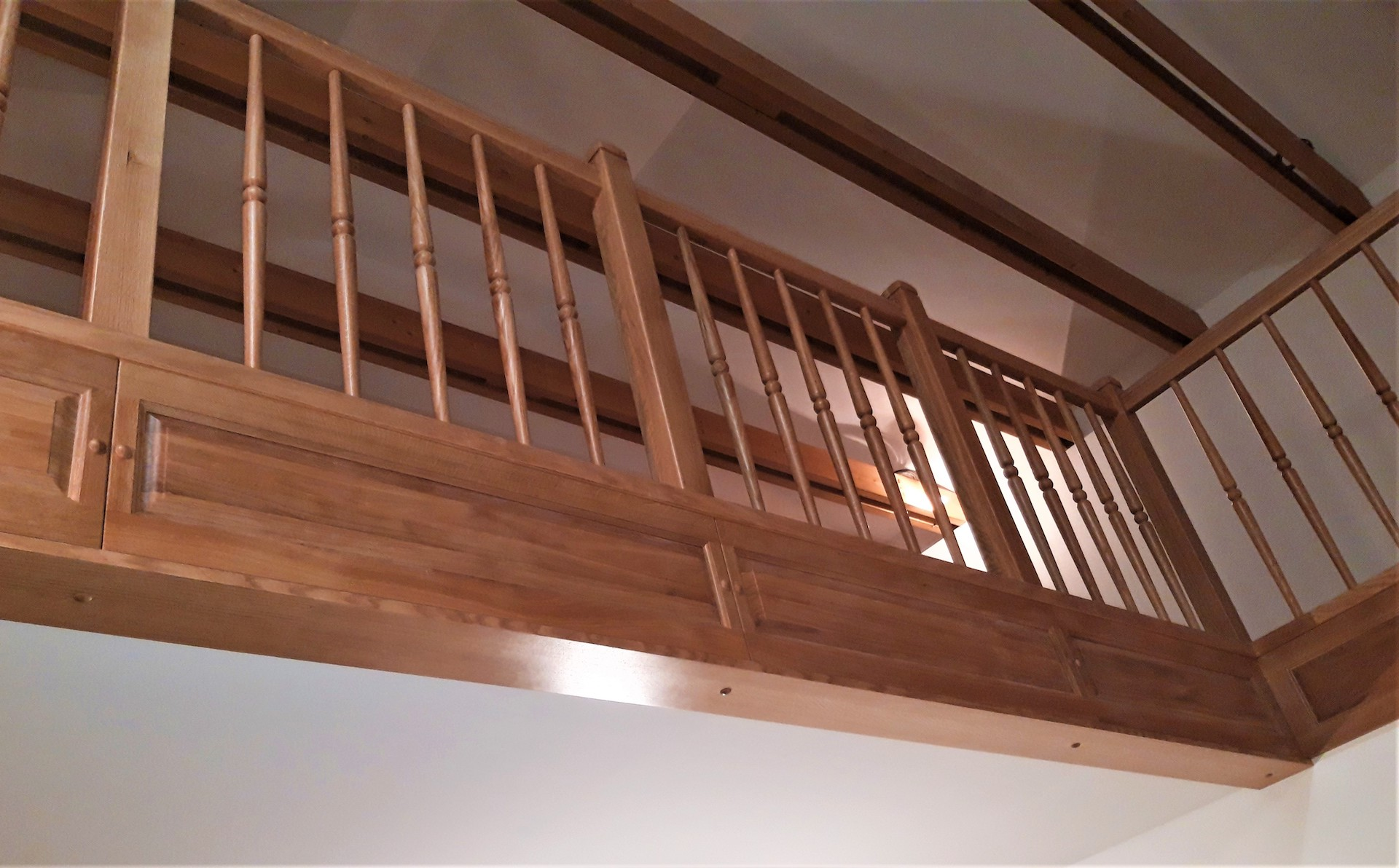 Rovnoramenné schodiště na zakázku Veleň - 4