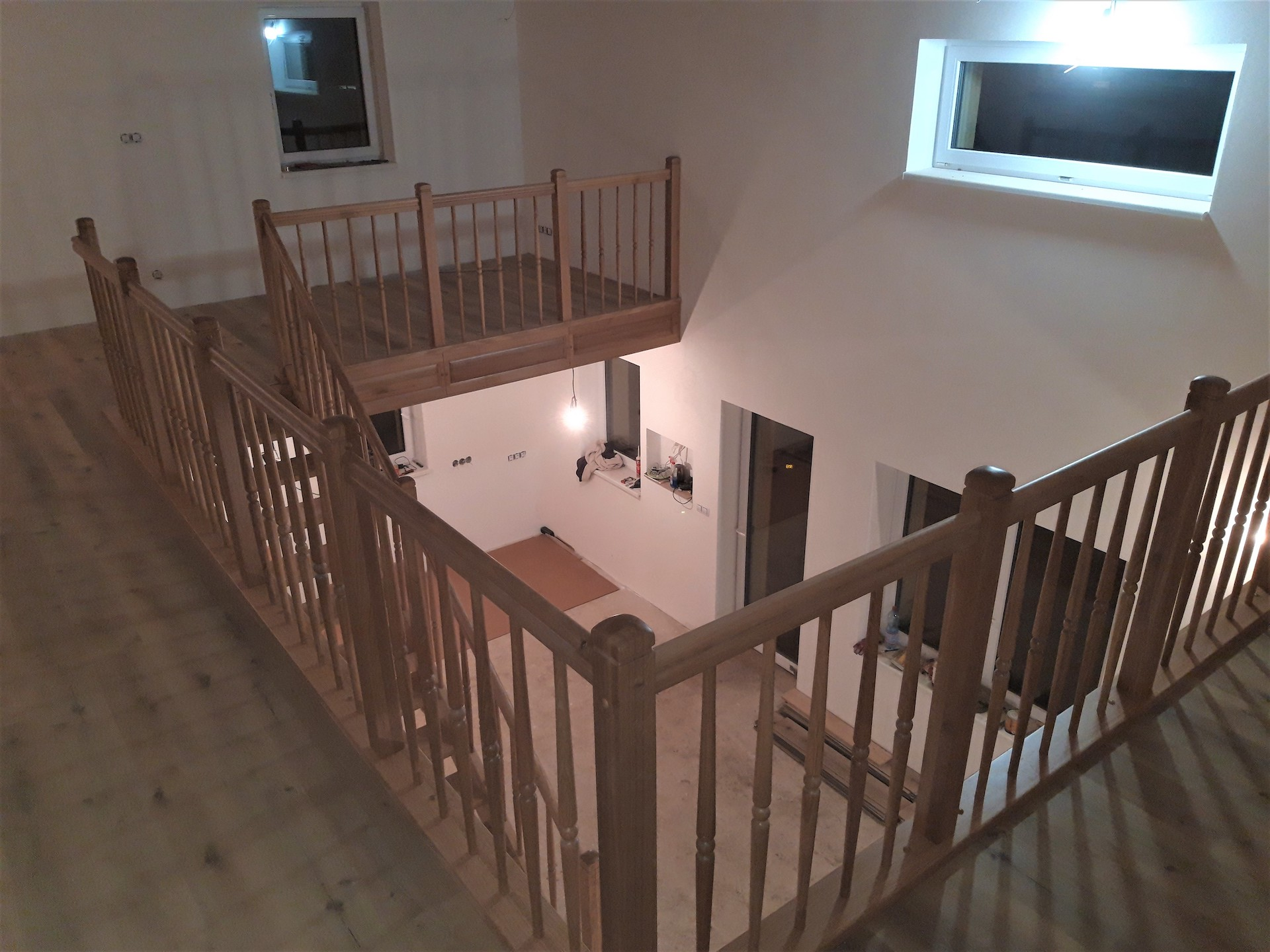 Rovnoramenné schodiště na zakázku Veleň - 7