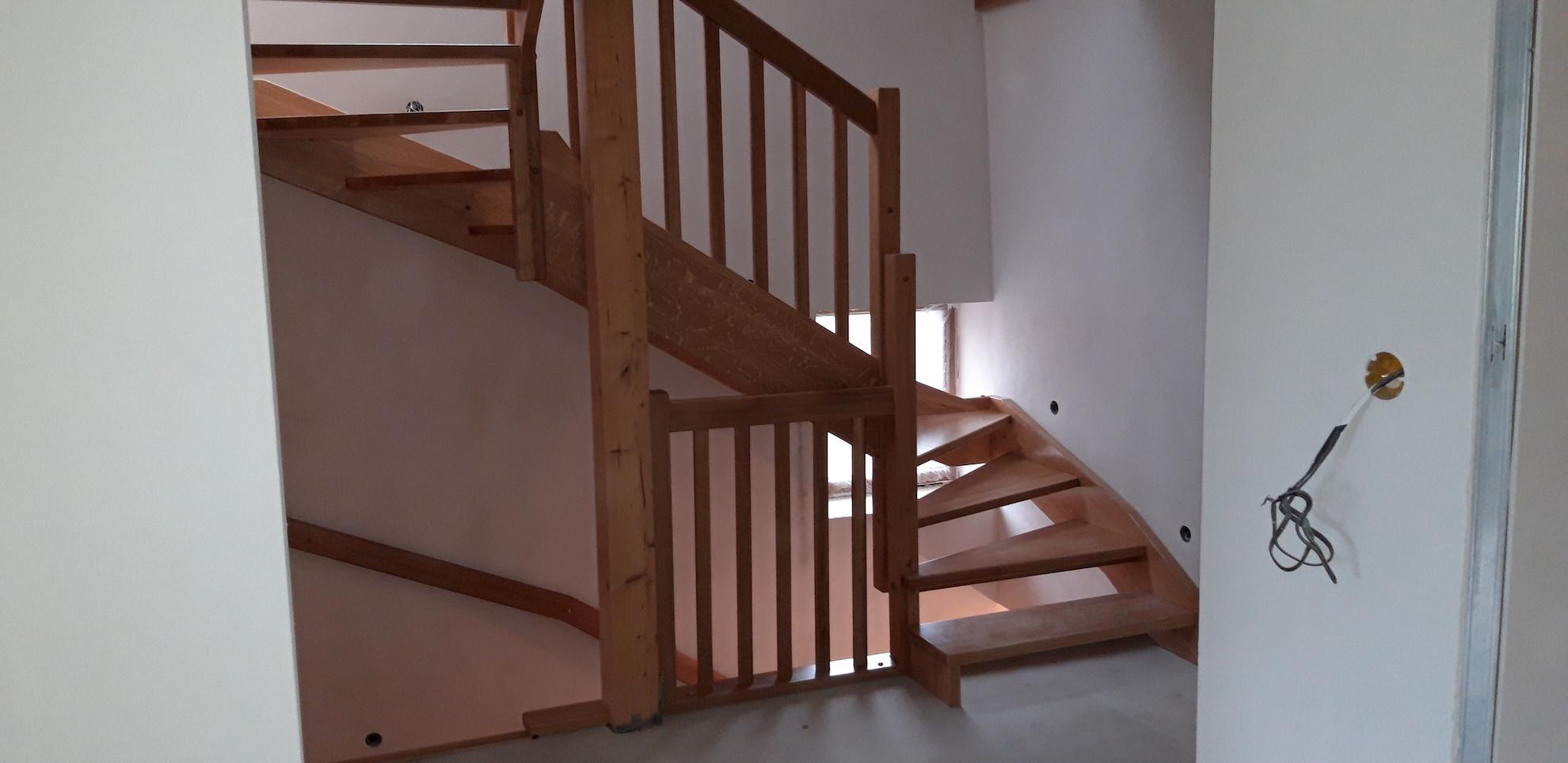 Celodřevěné schodiště